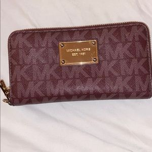 Barely used Michael Kors wallet for sale
